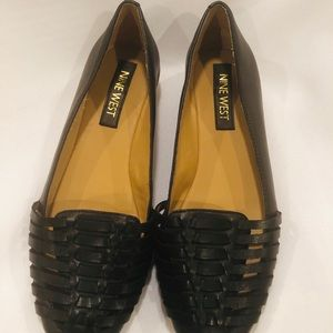 Nine West Shoes - ⭐️Nine West Woven Leather Flats